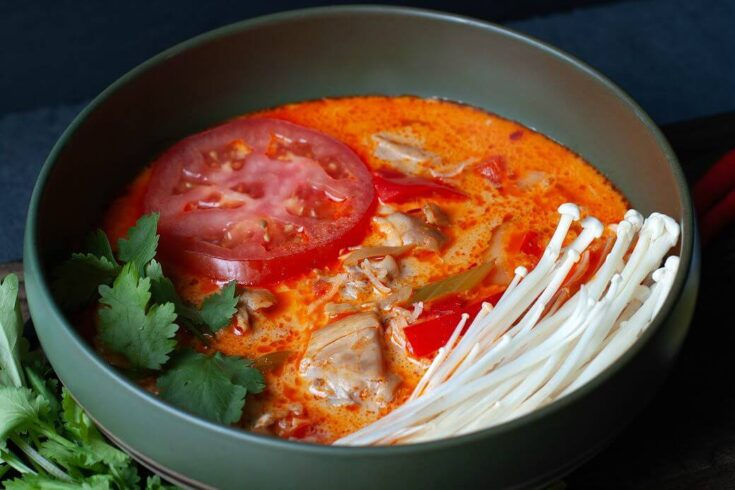 Thai Red Curry Chicken Soup (Instant Pot)