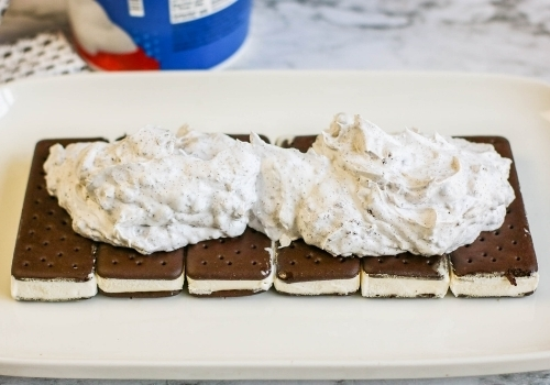 ice cream sandwiches with whipped topping